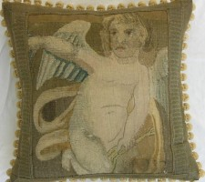 1044P     A  16TH  CENTURY  FLEMISH  TAPESTRY  PILLOW  20 X 20