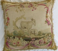 1284P    A  18TH  CENTURY  FRENCH  AUBUSSON  TAPESTRY  PILLOW 23 X 23