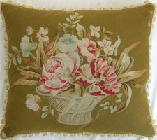 1322P     A  19TH  CENTURY AUBUSSON   TAPESTRY  PILLOW  26 X 23