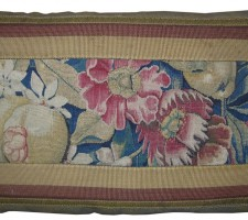 1473P  A  17TH  CENTURY BRUSSELS TAPESTRY PILLOW  25 X 15