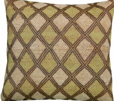 1526P   A 20TH  CENTURY  ARAFFIA  VELVET  TEXTILE  PILLOW 16 X 15