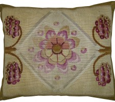 1572P  Ca.1850  A FRENCH AUBUSSON PILLOW  21 X 18