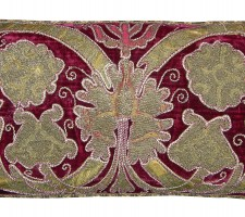 1646P   17TH CENTURY  A  VELVET METALIC EMBROIDERY PILLOW  26 X 12