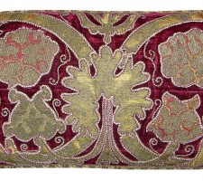 1647P  17TH CENTURY  A  VELVET METALIC EMBROIDERY PILLOW 26 X 12