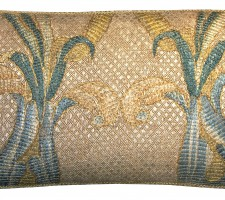 1649P   18TH CENTURY  A FLORENTINE TAPESTRY PILLOW 19 X 11