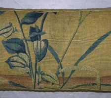 1684P  17TH CENTURY A BRUSSELS TAPESTRY PILLOW  23 X 14