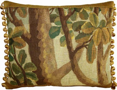 1726P   17TH CENTURY  A BRUSSELS TAPESTRY PILLOW 19 X 15