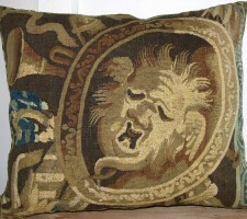 1741P   17TH CENTURY  ANTIQUE BRUSSELS TAPESTRY PILLOW 21 X 18