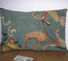 1756P   18TH CENTURY ANTIQUE AUBUSSON TAPESTRY PILLOW 19 X 13