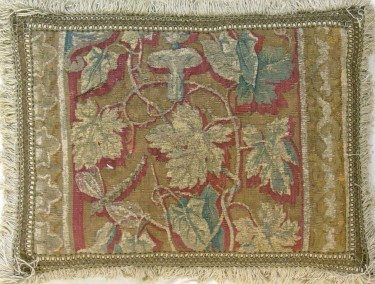 260P     A  17TH  CENTURY  BRUSSELS  TAPESTRY  PILLOW  20 X 16