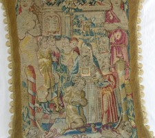 46P     A  17TH CENTURY  FLEMISH  TAPESTRY  PILLOW 22 X 25