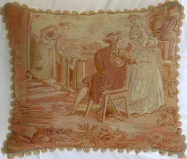 652P     A  19TH  CENTURY  AUBUSSON  TAPESTRY  PILLOW  21 X 18