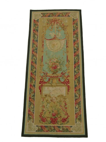 W2524C   TAPESTRY