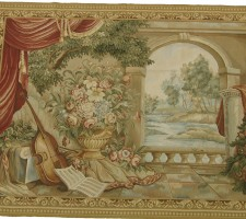 W2526C  TAPESTRY