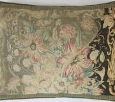 1014P 18TH CENTURY  A FRENCH AUBUSSON PILLOW 25 X 19