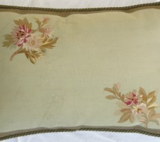 1141P     19TH  CENTURY  FRENCH  AUBUSSON  TAPESTRY PILLOW  25 X 17