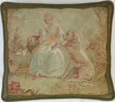 1174P A  18TH  CENTURY  FRENCH  AUBUSSON  TAPESTRY  PILLOW 20 X 18