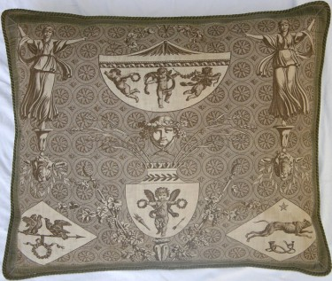 1218P   A  18TH  CENTURY FRANCE TAPESTRY  PILLOW 27 X 23