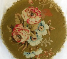 1348P     A  19TH  CENTURY  FRENCH  AUBUSSON  TAPESTRY  PILLOW 17 X 17