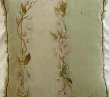 323P     A  19TH  CENTURY  FRENCH  AUBUSSON  TAPESTRY PILLOW 19 X 19