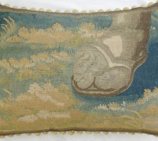 919P     A   Ca. 1650  BRUSSELS  TAPESTRY  PILLOW 24 X 17